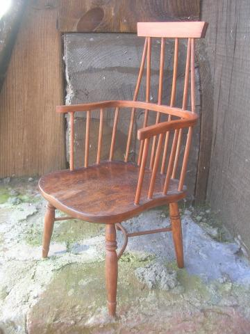 windsor_chair001.JPG